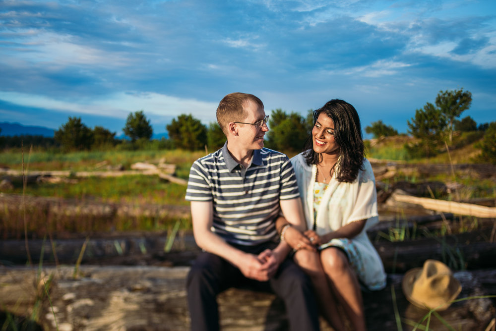 victoria-wedding-photographers-iona-beach-richmond-engagement-07.jpg