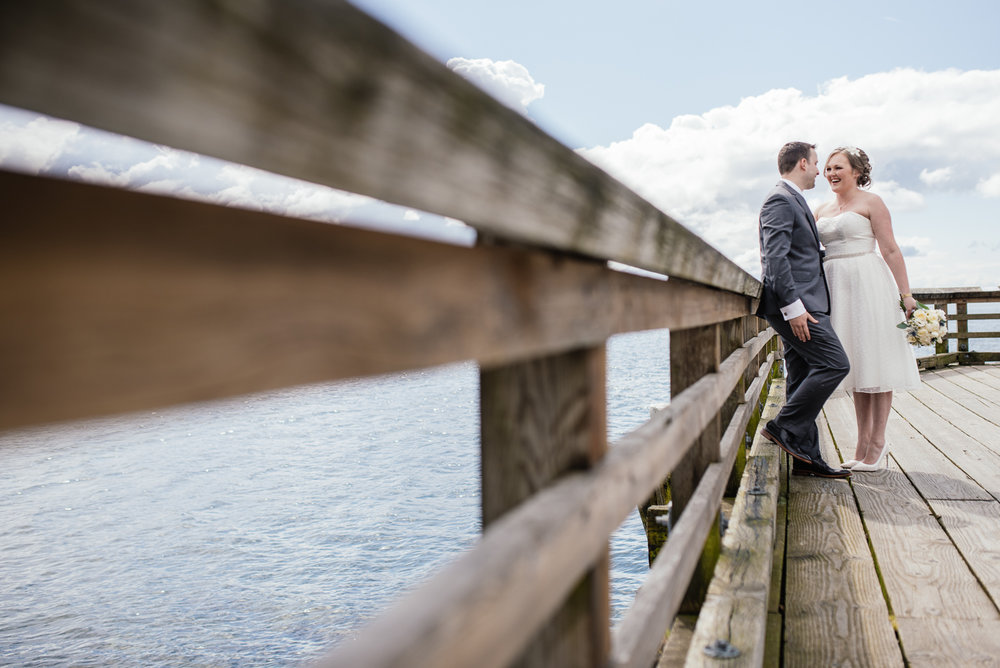 vancouver-island-wedding-photographers-john-lawson-park-pier-wedding-01.jpg