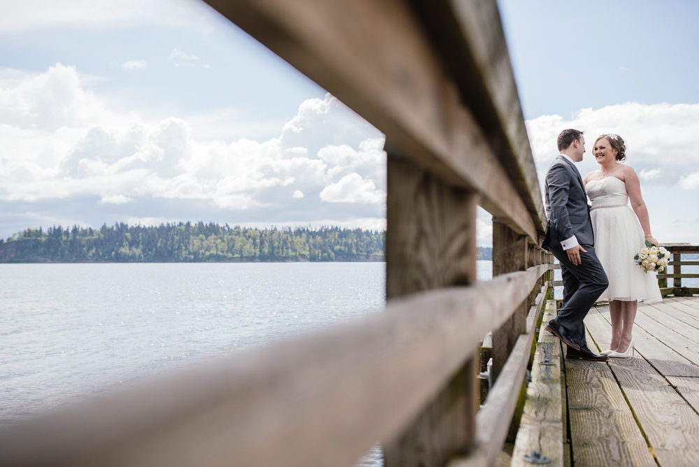 vancouver-island-wedding-photographers-john-lawson-park-pier-wedding-12.jpg