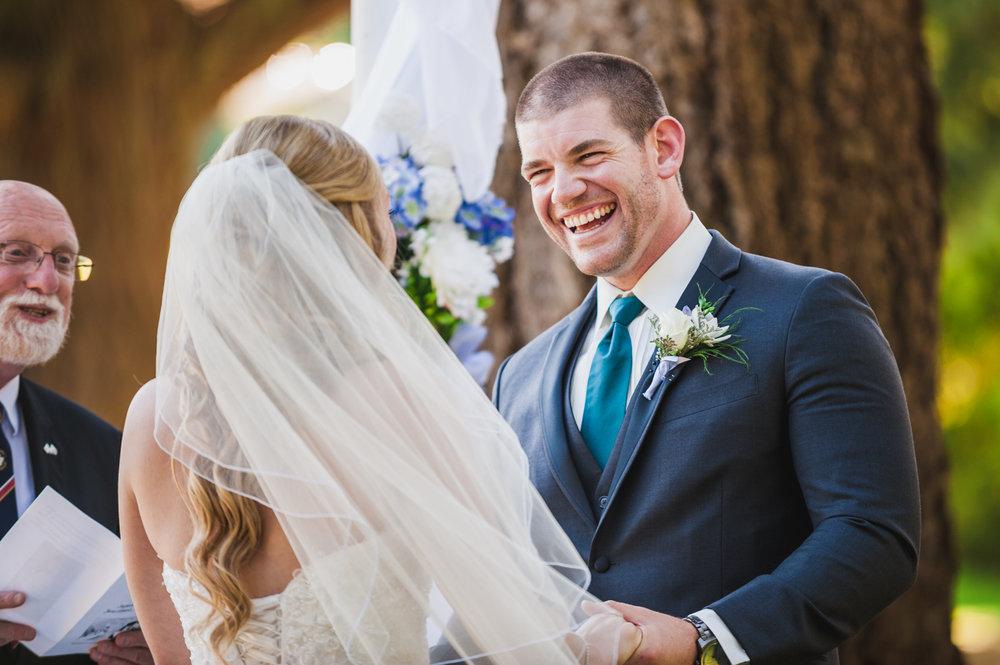 victoria-wedding-photographers-royal-colwood-golf-course-wedding-15.jpg