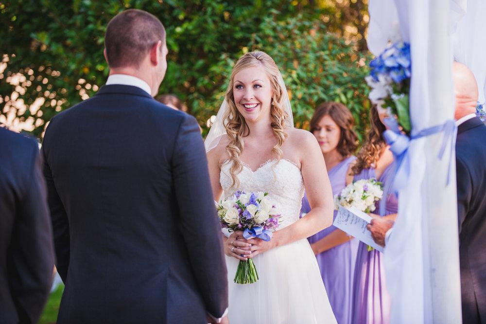 victoria-wedding-photographers-royal-colwood-golf-course-wedding-16.jpg