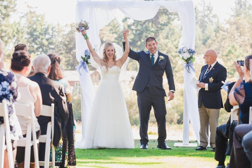 victoria-wedding-photographers-royal-colwood-golf-course-wedding-20.jpg