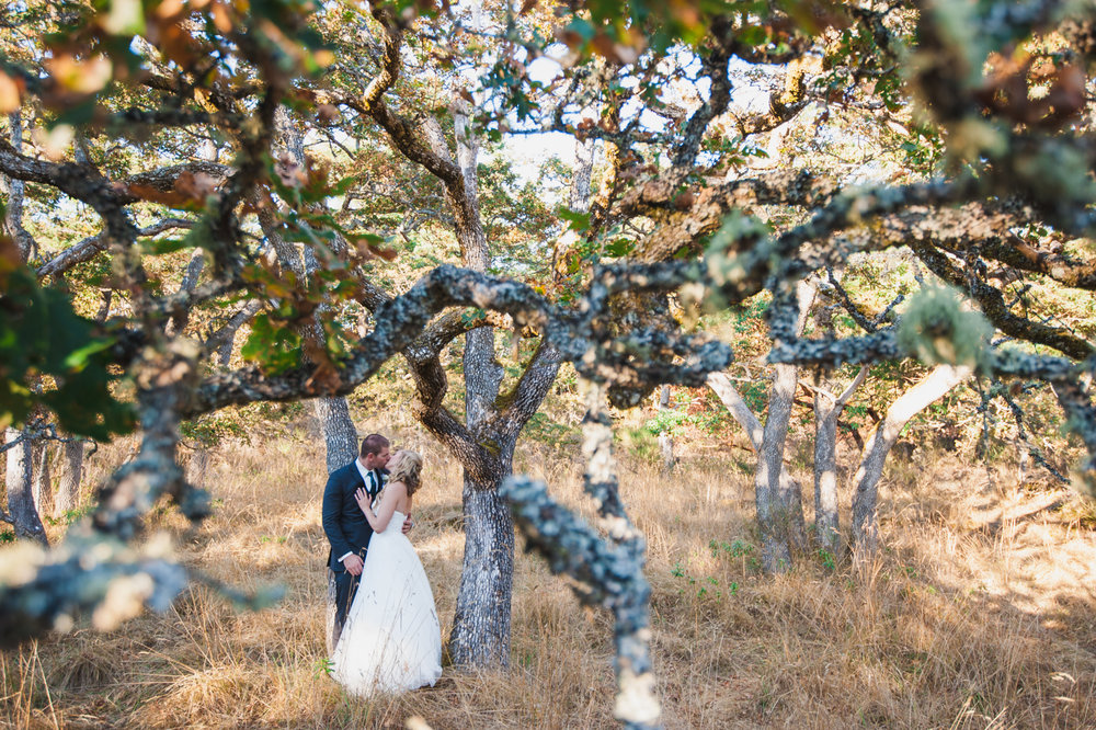 victoria-wedding-photographers-royal-colwood-golf-course-wedding-43.jpg