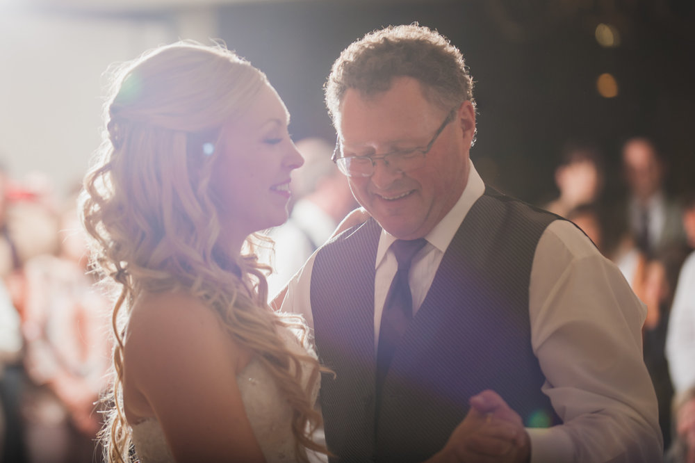 victoria-wedding-photographers-royal-colwood-golf-course-wedding-56.jpg