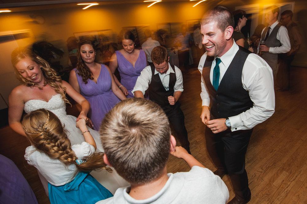 victoria-wedding-photographers-royal-colwood-golf-course-wedding-58.jpg