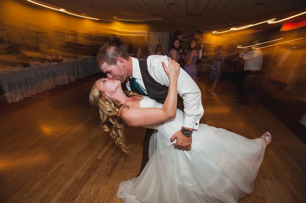 victoria-wedding-photographers-royal-colwood-golf-course-wedding-60.jpg