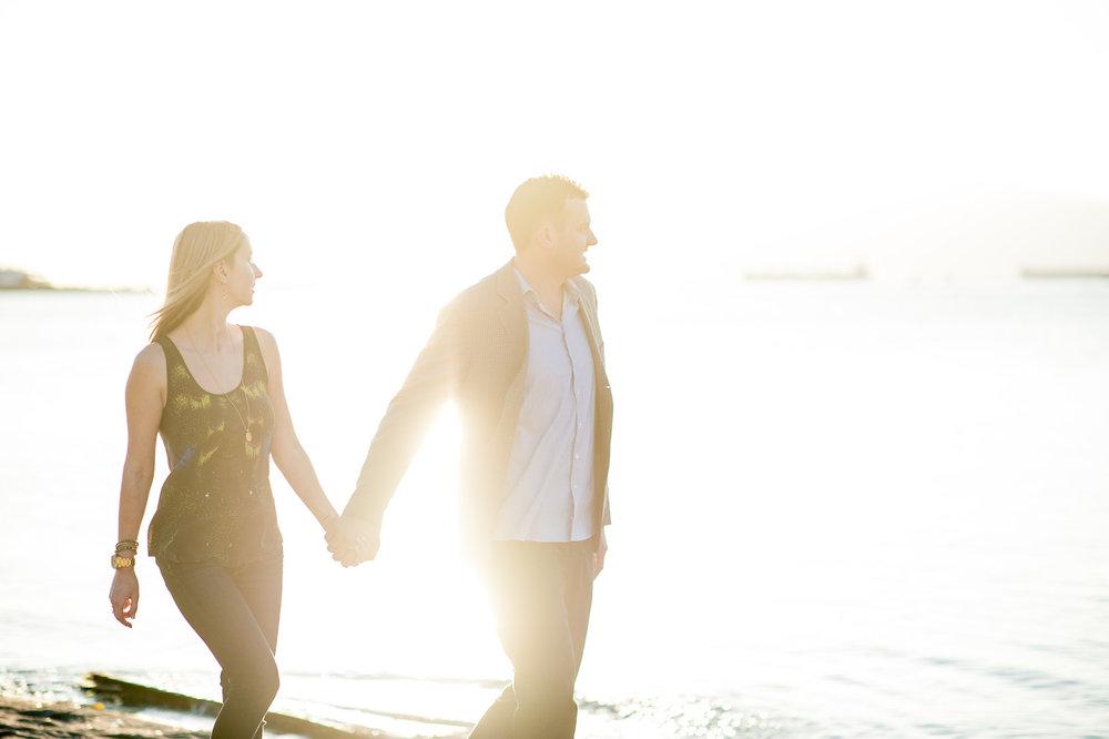 victoria-wedding-photographers-jericho-beach-sunset-engageement-02.jpg
