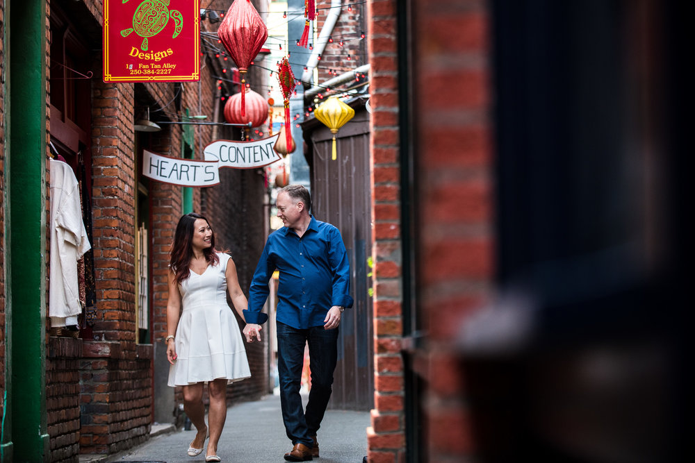 fantan-alley.engagement-beacon-hill-victoria-wedding-photographers-9.jpg