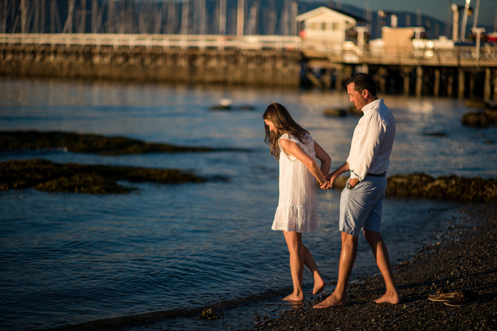 victoria-wedding-photographer-royal-vancouver-yacht-club-engagement-9.jpg