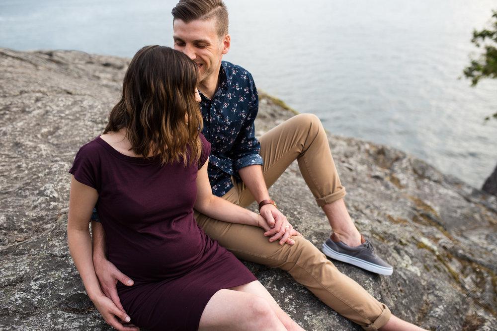 lighthouse-park-maternity-victoria-wedding-photographers-11.jpg