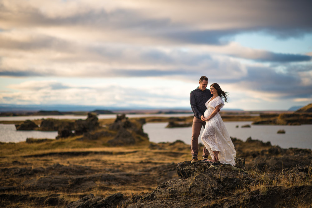 victoria-wedding-photographers-iceland-maternity-photos-15.jpg