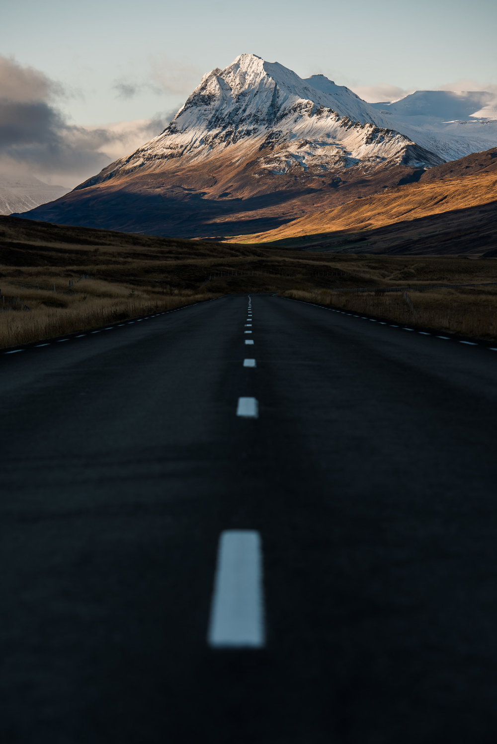 iceland-elopement-photographers-victoria-wedding-photographers-travel-iceland-55.jpg