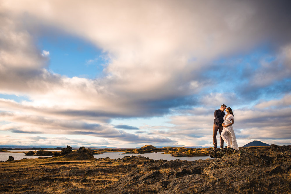 victoria-wedding-photographers-iceland-maternity-photos-11.jpg