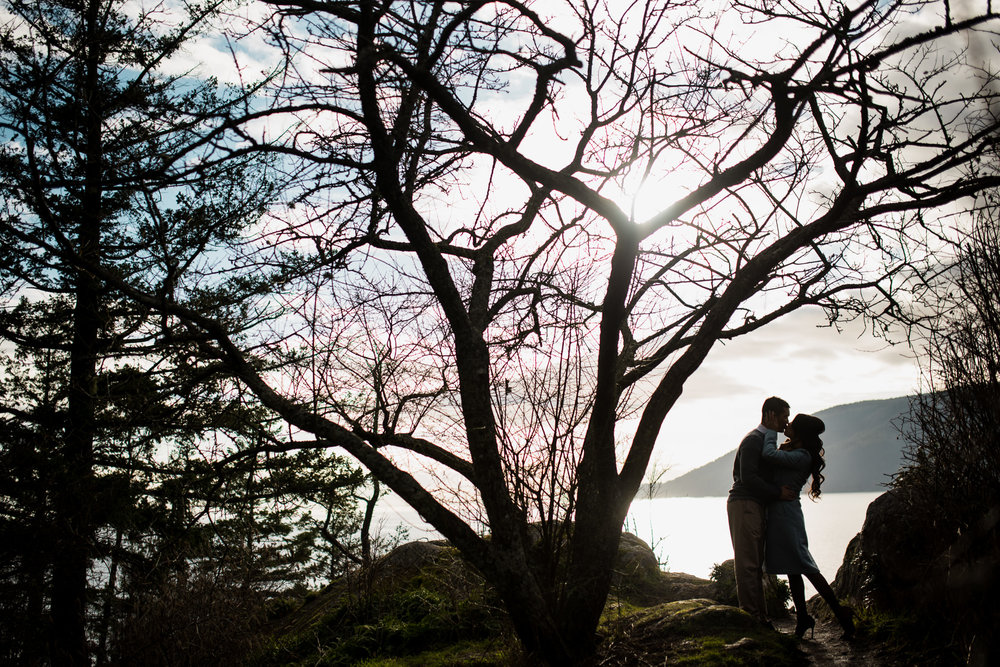 vancouver-island-wedding-photographers-whytecliff-park-engagement-3.jpg