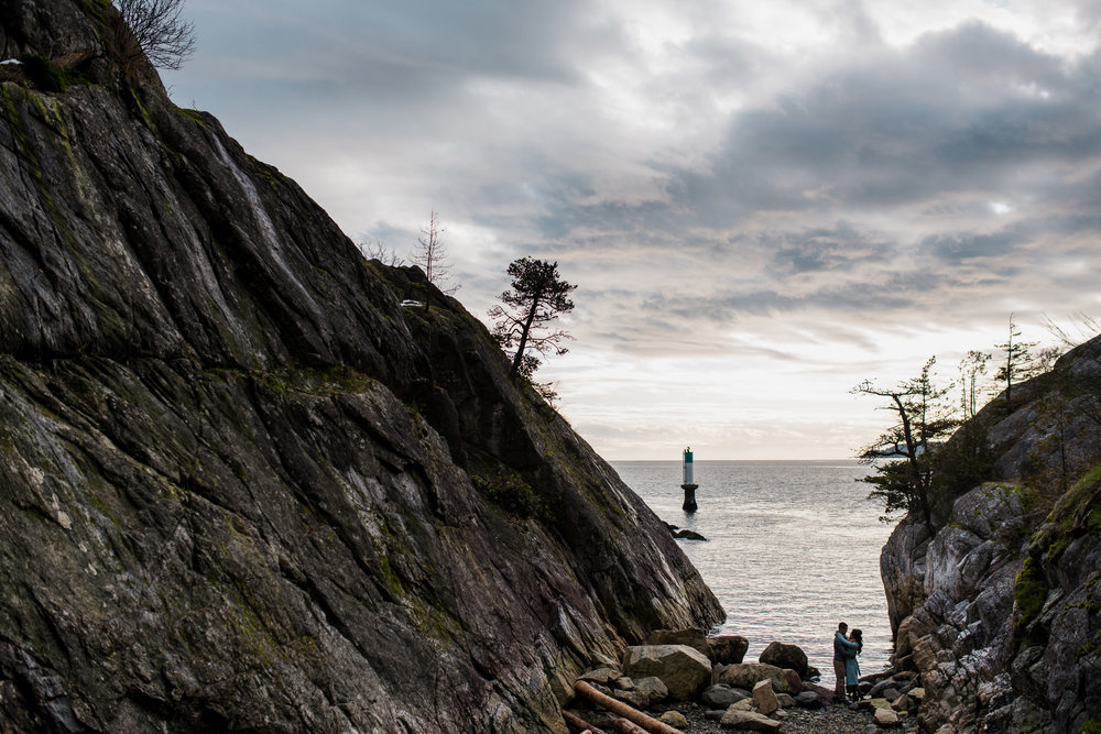 vancouver-island-wedding-photographers-whytecliff-park-engagement-8.jpg