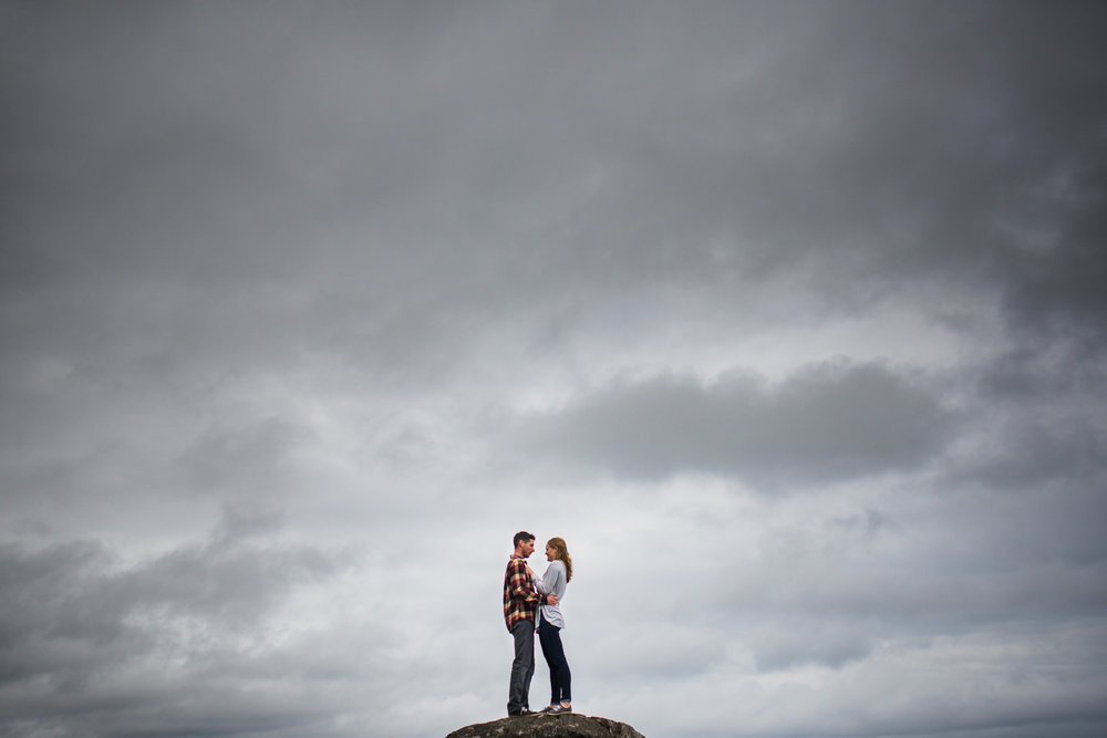 victoria-wedding-photographers-devonian-regional-park-engagement-photos-11.jpg