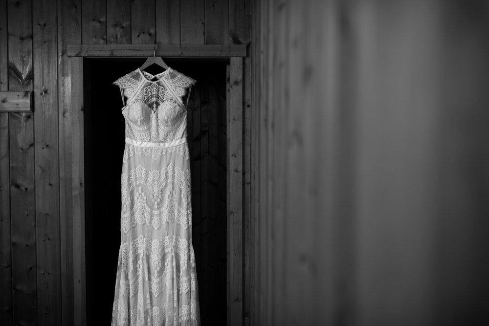 victoria-wedding-photographer-botanical-beach-wedding-port-renfrew-2.jpg