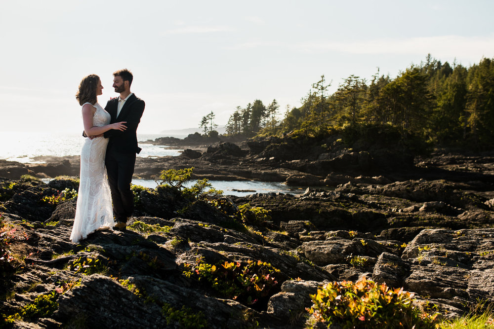 victoria-wedding-photographer-botanical-beach-wedding-port-renfrew-52.jpg
