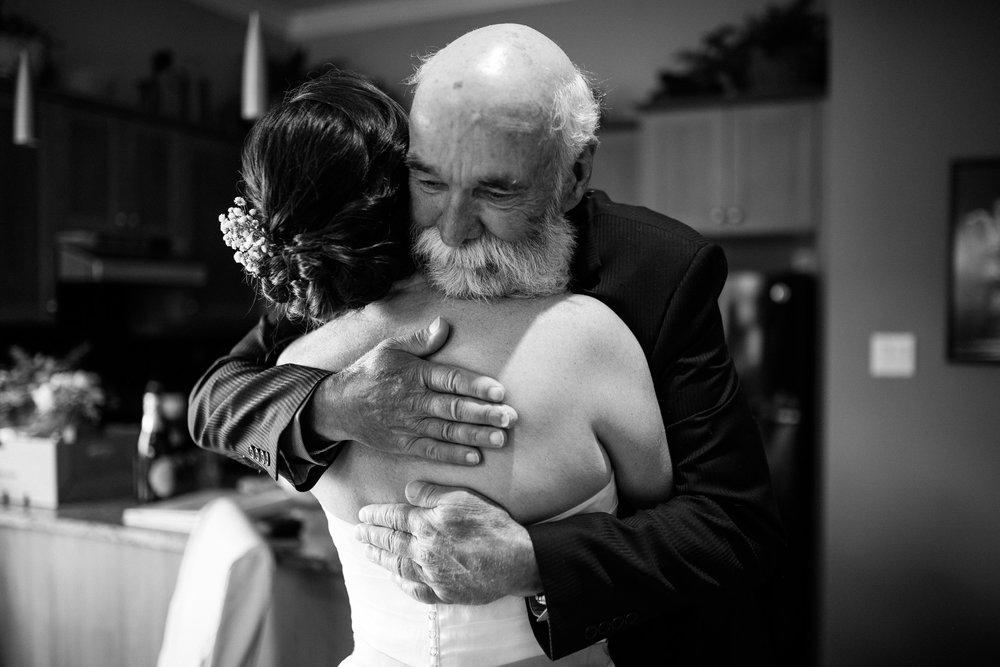 victoria-wedding-photographers-North-Saanich-Yacht-Club-Wedding-15.jpg