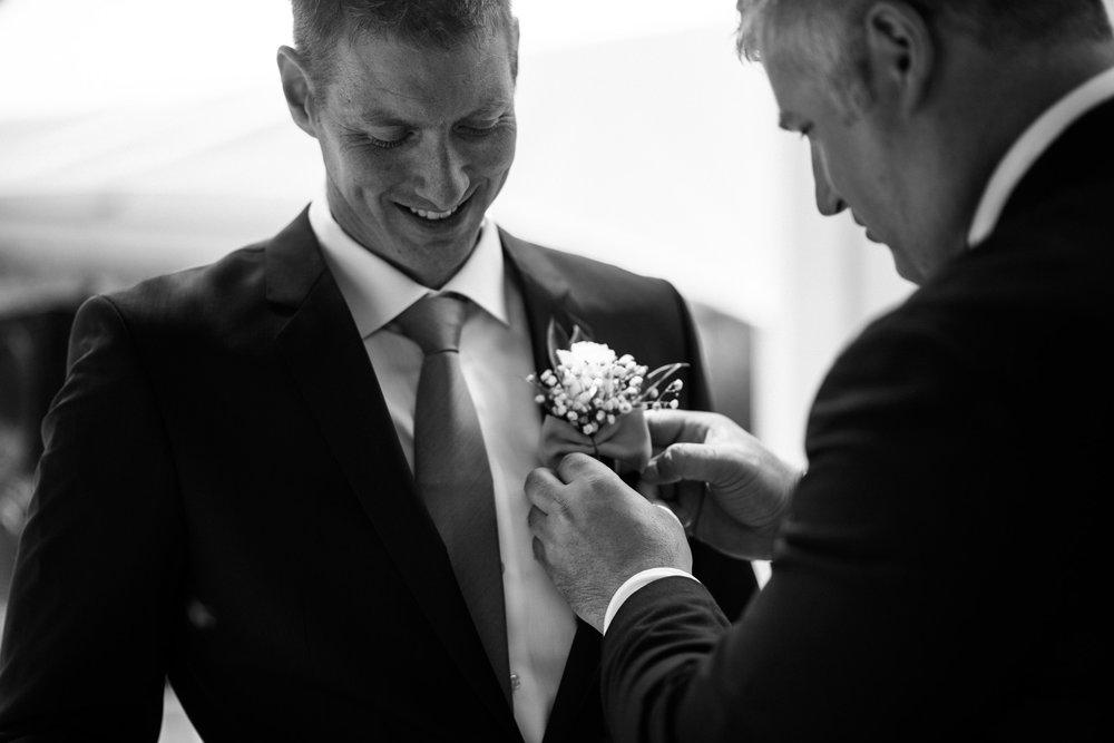 victoria-wedding-photographers-North-Saanich-Yacht-Club-Wedding-17.jpg