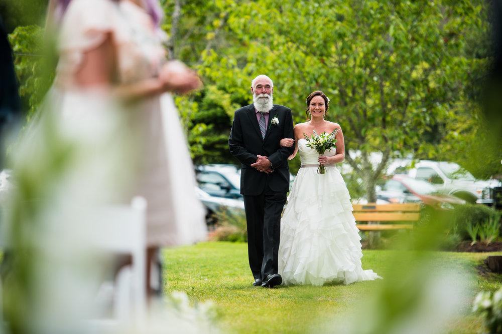 victoria-wedding-photographers-North-Saanich-Yacht-Club-Wedding-21.jpg