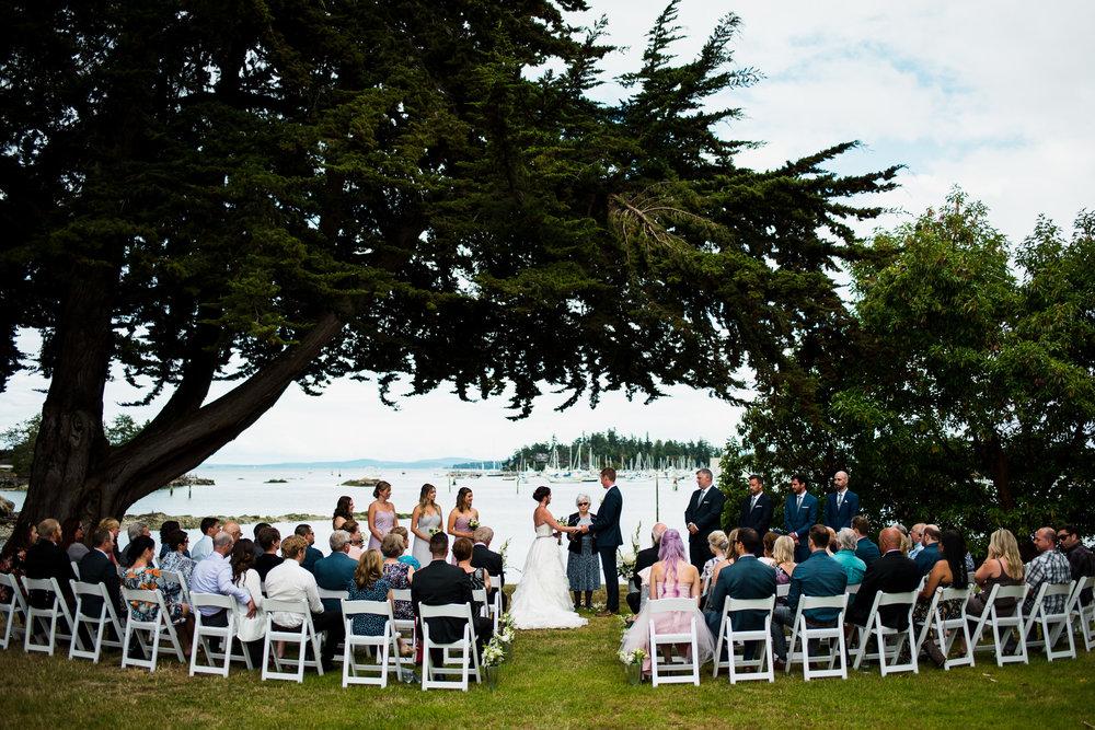 victoria-wedding-photographers-North-Saanich-Yacht-Club-Wedding-24.jpg