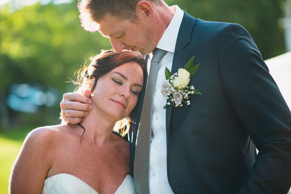 victoria-wedding-photographers-North-Saanich-Yacht-Club-Wedding-34.jpg