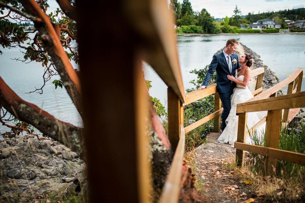 victoria-wedding-photographers-North-Saanich-Yacht-Club-Wedding-44.jpg