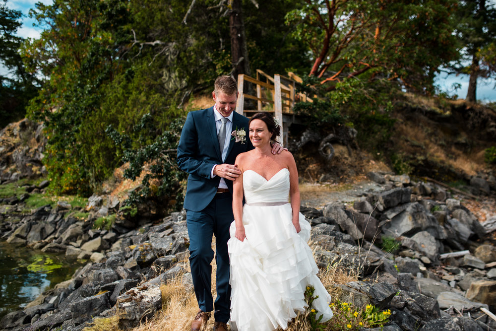 victoria-wedding-photographers-North-Saanich-Yacht-Club-Wedding-45.jpg
