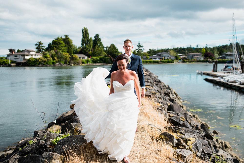 victoria-wedding-photographers-North-Saanich-Yacht-Club-Wedding-48.jpg
