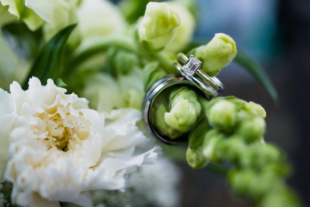 victoria-wedding-photographers-North-Saanich-Yacht-Club-Wedding-57.jpg