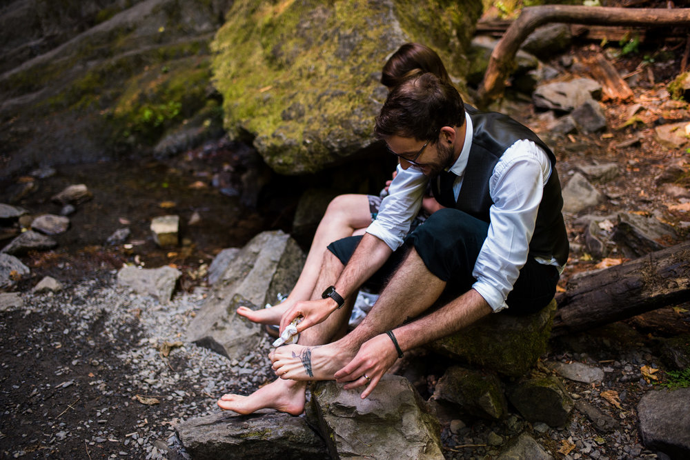 victoria-wedding-photographers-goldstream-waterfall-elopement-25.jpg
