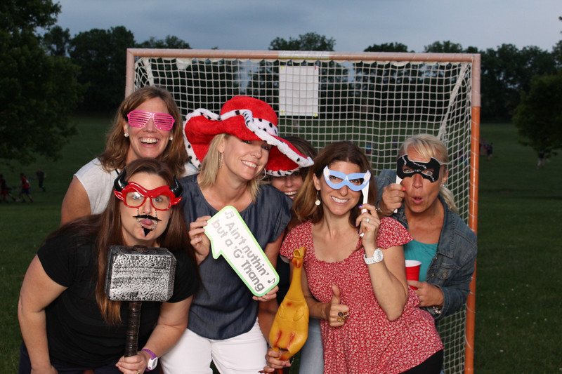 Snap-Party-Booth-300-L.jpg