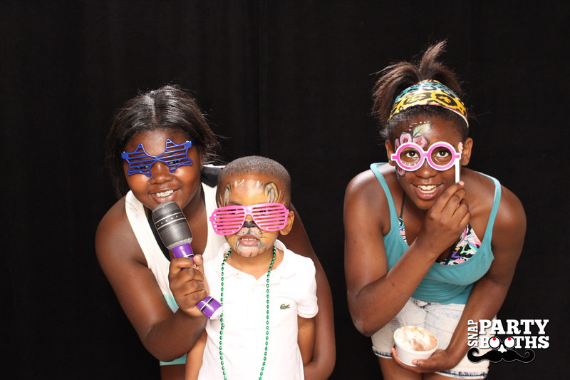 Snap-Party-Booth-416-L.jpg