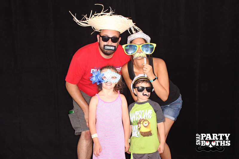 Snap-Party-Booth-238-L.jpg