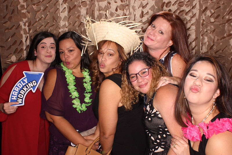 Snap-Party-Booth-77-L.jpg