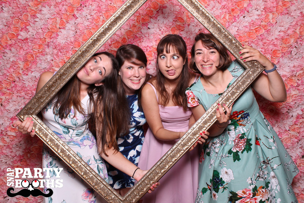 Snap-Party-Booth-40-XL.jpg