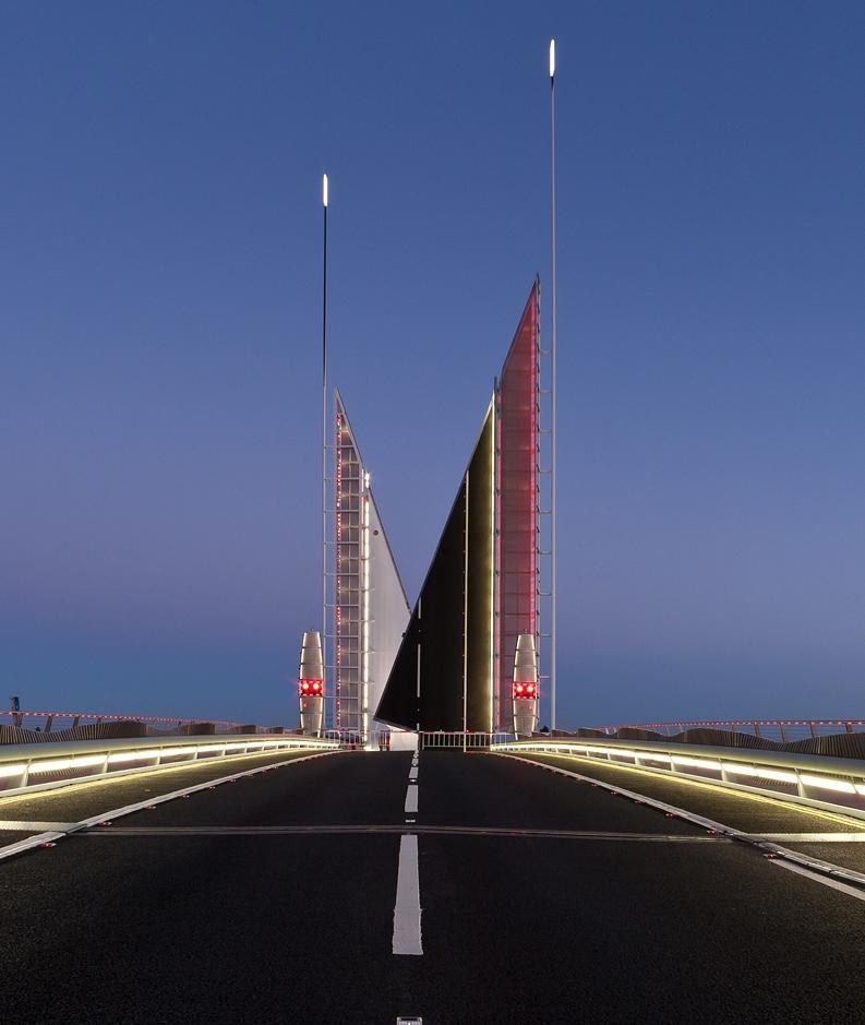 Twin Sails Bridge-4327_900.jpg