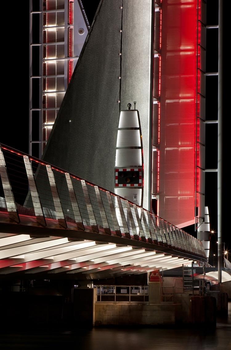 Twin Sails Bridge-9287_900.jpg
