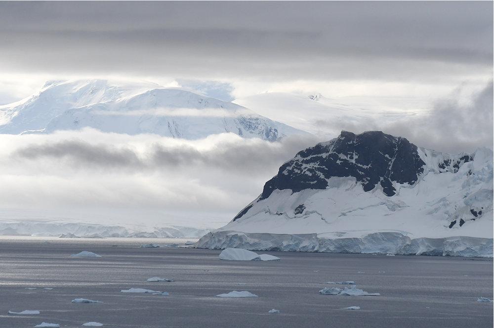 NA_Apr17_Antarctica_IMGComp05.jpg