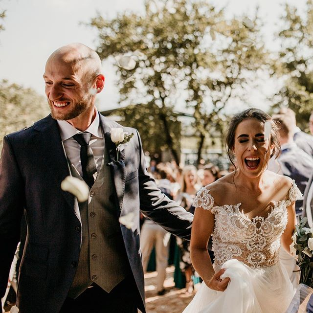 Happiness overdose to beat the Monday blues!  Still can't stop smiling after Jen & Deane's wedding on Saturday 😍