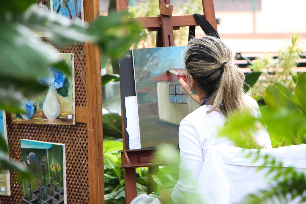 adult-art-artist-542555.jpg