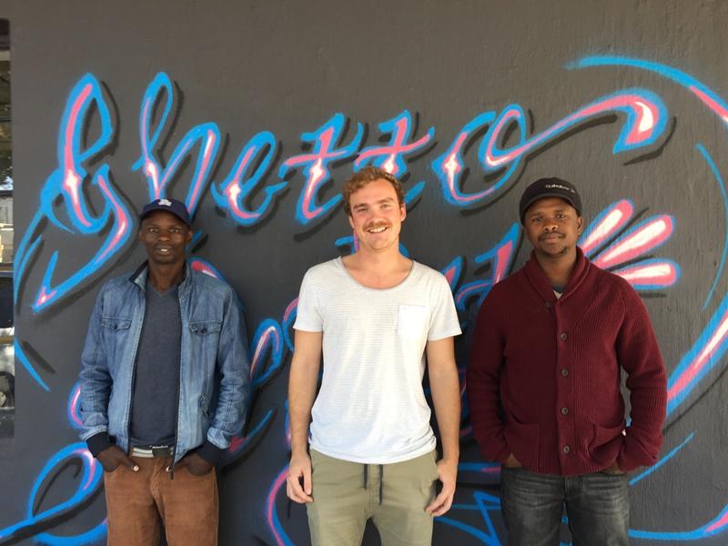 "Vuyo Mgijima, Christo Kleinhans en Bongo ""Kwela"" Flepu."