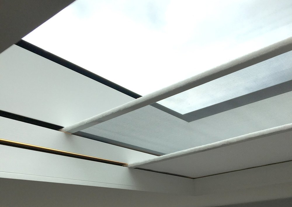Double-skylight-blind-with-insect-screen.jpg