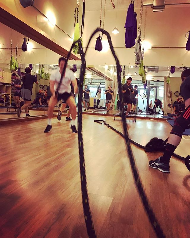 Come join us every Friday for #circuittraining at 10am Full body workout for all levels 💪🏼 . . . . . #riyadhfitness #groupclasses #riyadhksa #community #fitfam #motivation #weekend #weekendworkouts #strength #cardio #circuits #wholebodyworkout #fitness #instafit #riyadhstudio #studiolife #mixedclasses #weights