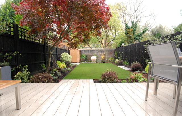 Courtyard-garden-design-Lis.jpg