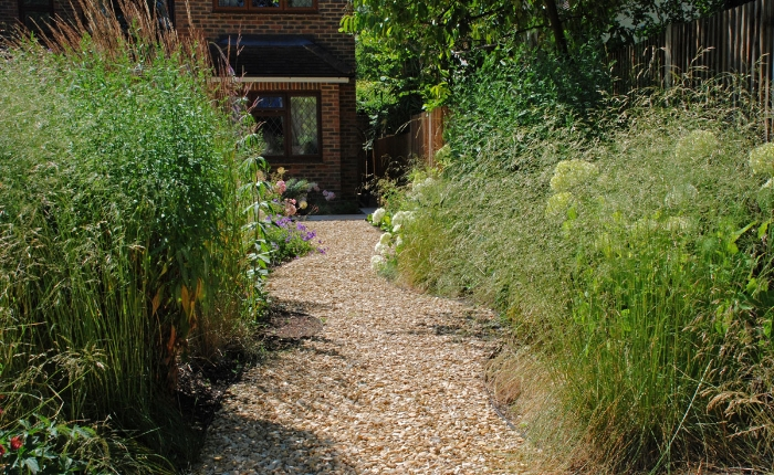 Gravel-pathway-through-plan.jpg