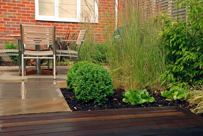 small-garden-lisa-cox.jpg