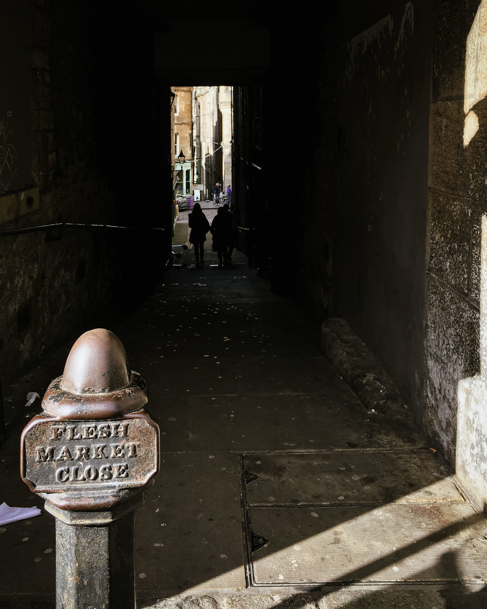 Fleshmarket Close Edinburgh for Rebus fans