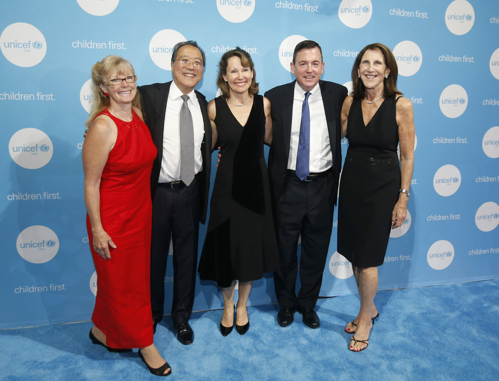 Willow Shire, Yo-Yo Ma, Barbara Eisenson, Barron Segar and Barrie Landry at the 2017 UNICEF Children's Champion Award Dinner.  © Michael Blanchard Photography